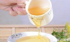 怎么<em>喝水</em>养生 喝蜂蜜水记住这个最佳时间
