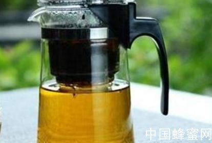 每天把蜂蜜当茶喝<em>好</em>吗?
