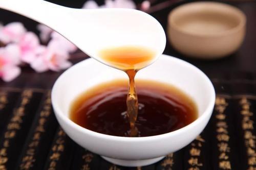 【视频】蜂蜜红糖美容祛斑的使用方法