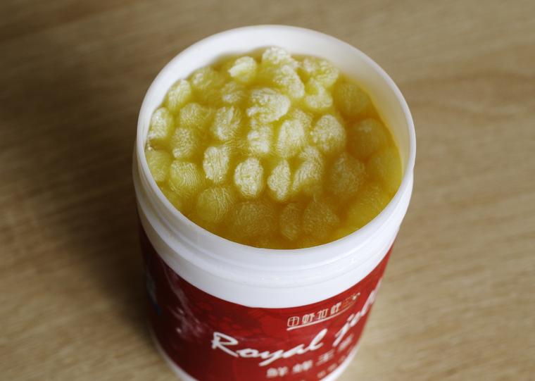 蜂蜜花粉蜂王浆能一起吃吗