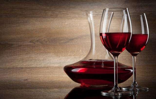 <em>紅酒</em><em>加</em><em>蜂蜜</em>的<em>功效</em>:紅葡萄酒能<em>加</em><em>蜂蜜</em>嗎?