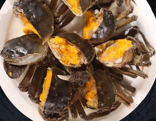 吃螃蟹喝蜂蜜会中毒吗?螃蟹可以配蜂蜜水吗?